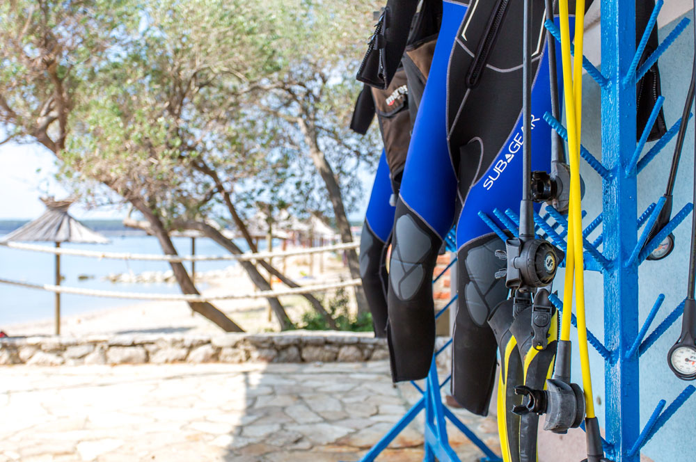 Attrezzatura | SCUBA PRO & MARES | DIVE CENTER KRK