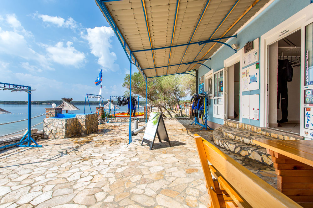Zona esterna | DIVE CENTER KRK