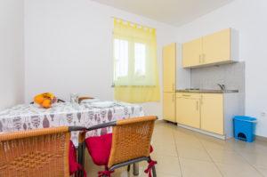 Appartement Tamara mit Küche in Kornic